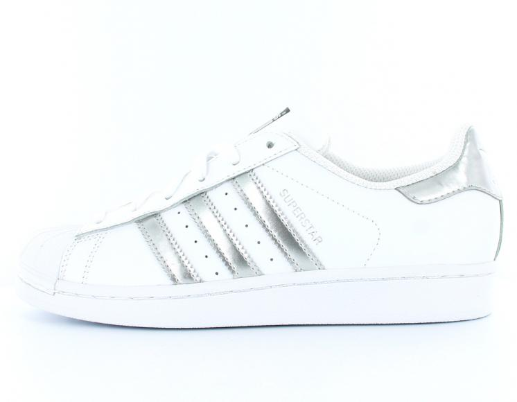 chaussure adidas superstar femme